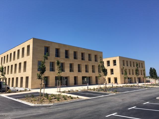 Bâtiments de bureaux à vendre ou louer sur Aix