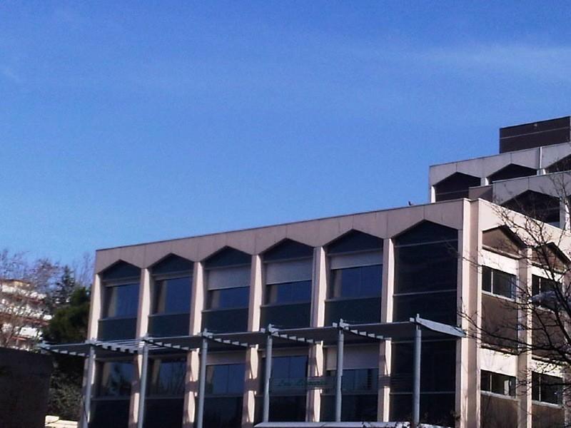 Programme immobilier aix en provence 1977 le ligoures for Chambre de commerce aix en provence